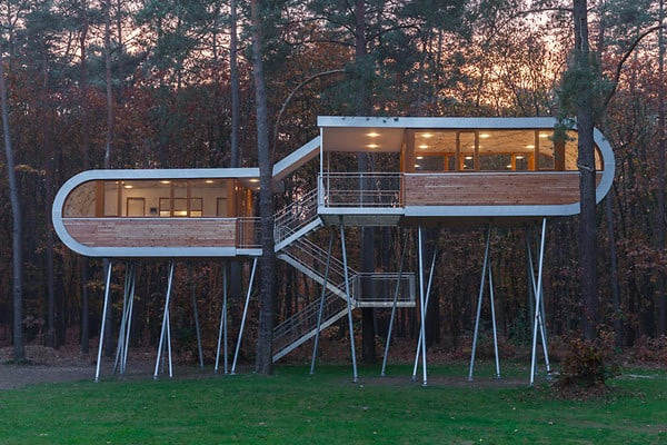 Phenomenal Treehouse In Belgium The Treehouse Treehouse Map Download Free Architecture Designs Rallybritishbridgeorg