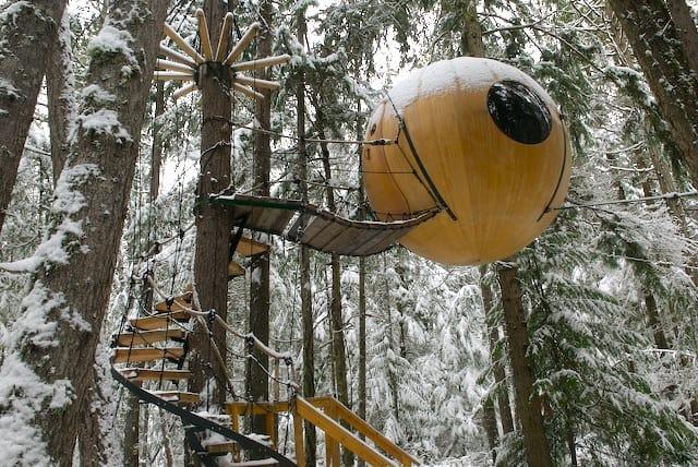 Hasil gambar untuk Free Spirit Sphere Treehouse