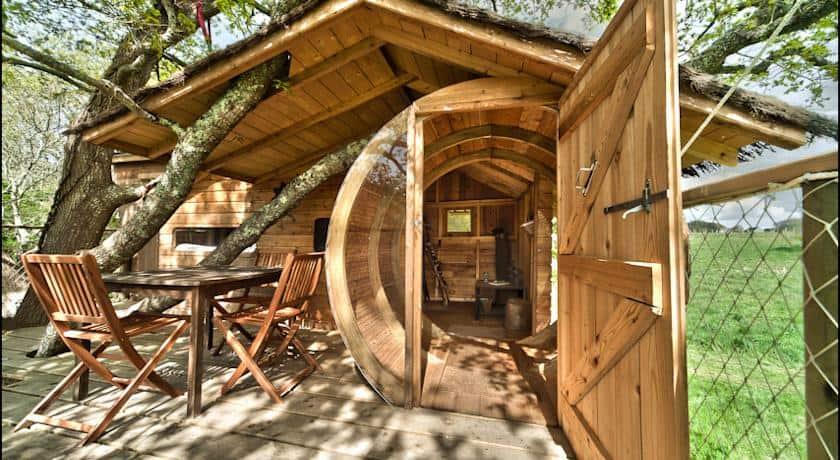 Cabane perch e en france tente bulle suspendue tree house maptree house map - Maison bulle transparente prix ...