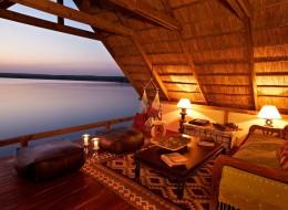 Tree house hotel in Zambia: Tongabezi Tree House