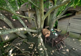 Tree house hotel in France: Heol treehouse