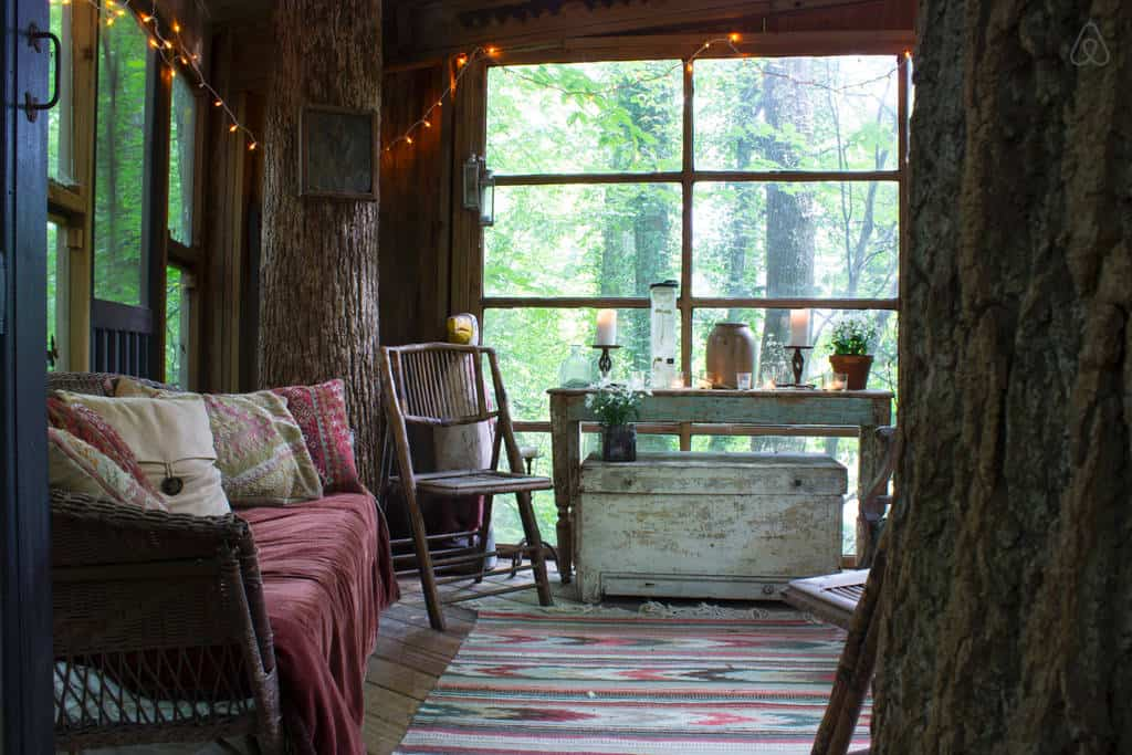 Tree House Hotel In The Us Secluded Intown Treehouse