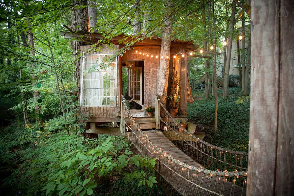 Tree House Hotel In The Us Secluded Intown Treehouse Treehouse Map
